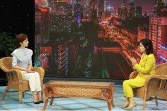 中央电视台主持人李思思对话