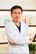 绿宝石医生榜单顾问评委闫迎